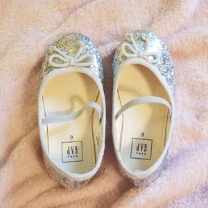 Baby gap silver flats size 6.